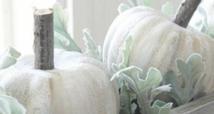 10 Thanksgiving Decorations for Home on a Budget + [FREE] Printables