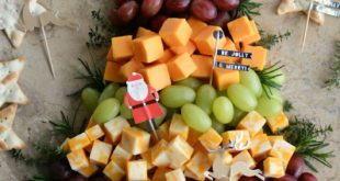 Easy Holiday Appetizer: Christmas Tree Cheese Board