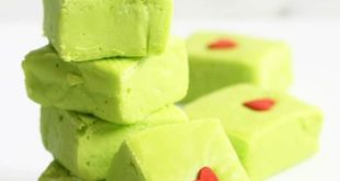 GRINCH FUDGE -- This easy fudge recipe is a fun treat for Christmas. Four ingred...